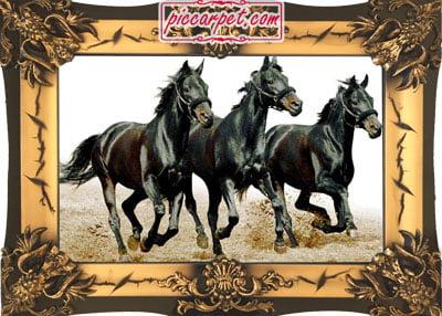 تابلو فرش اسب سیاه با قاب شیرنشان
