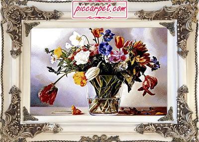 تابلو فرش گلدان شیشه ای با قاب چوبی سفید