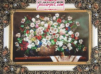 تابلوفرش سبد گل سفید با قاب شاپرک